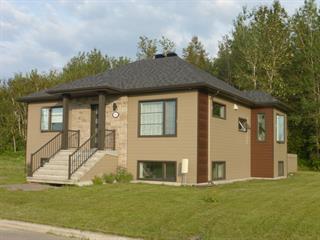 Maison à vendre à Saguenay (Chicoutimi), Saguenay/Lac-Saint-Jean, 1940, Rue  Fernand-Gilbert, 16944192 - Centris.ca
