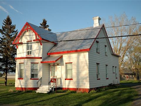 Maison à vendre à Saint-Charles-sur-Richelieu, Montérégie, 560, Chemin des Patriotes, 21350028 - Centris.ca