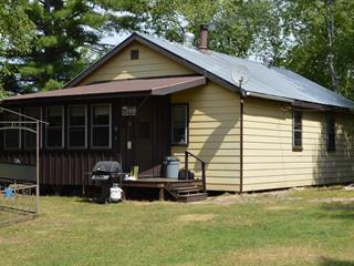 Chalet à vendre à Les Lacs-du-Témiscamingue, Abitibi-Témiscamingue, 1, Lac  Grindstone, 14286323 - Centris.ca