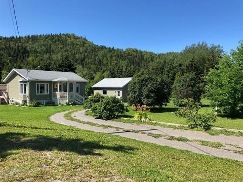 Maison à vendre à Les Méchins, Bas-Saint-Laurent, 242, Route du Moulin, 16566572 - Centris.ca