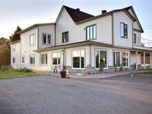 Immeuble à revenus à vendre à Sainte-Thècle, Mauricie, 251, Rue  Dupont, 19131736 - Centris.ca