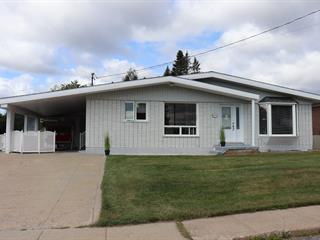 House for sale in Baie-Comeau, Côte-Nord, 45, Avenue  Louis-Philippe-Gagné, 26650421 - Centris.ca