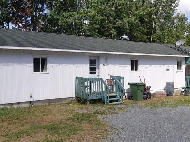 Mobile home for sale in Rivière-Héva, Abitibi-Témiscamingue, 77, Rue des Cèdres, 17052489 - Centris.ca