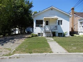 Triplex à vendre à Ville-Marie, Abitibi-Témiscamingue, 13 - 13B, Rue  Maisonneuve, 14080231 - Centris.ca