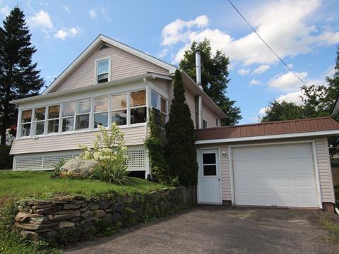 House for sale in Waterloo, Montérégie, 158, Rue  Saint-Joseph, 25987506 - Centris.ca