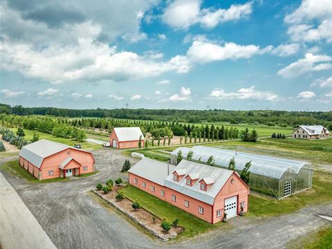 Hobby farm for sale in Terrebonne (Terrebonne), Lanaudière, 775, Chemin  Saint-Roch, 10535358 - Centris.ca