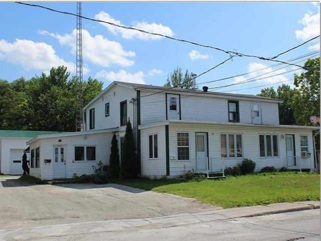 Quadruplex à vendre à Cowansville, Montérégie, 107 - 109A, Rue  Oliver, 23747574 - Centris.ca