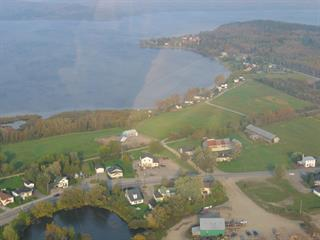 Lot for sale in Témiscouata-sur-le-Lac, Bas-Saint-Laurent, 646, Rue  Commerciale Nord, 22553011 - Centris.ca