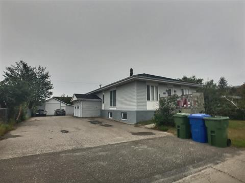 Quadruplex for sale in Sept-Îles, Côte-Nord, 485, Avenue  Franquelin, 15189442 - Centris.ca