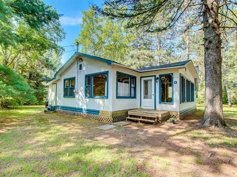Cottage for sale in Montpellier, Outaouais, 11, Rue  Richard, 9019425 - Centris.ca