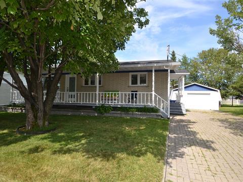 Maison à vendre à Alma, Saguenay/Lac-Saint-Jean, 265, Rue  Armand, 25703177 - Centris.ca