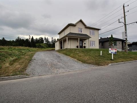 Maison à vendre à Rimouski, Bas-Saint-Laurent, 527, Rue  Anne-Hébert, 26350362 - Centris.ca