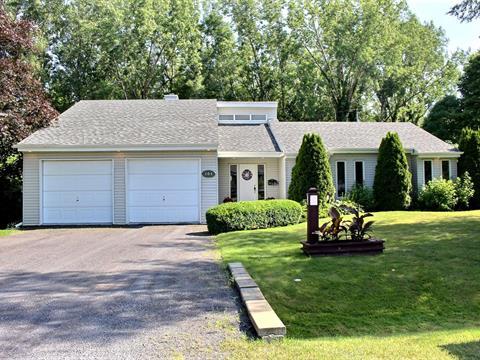Maison à vendre à Saint-Jean-sur-Richelieu, Montérégie, 141, Place  Perreault, 28625137 - Centris