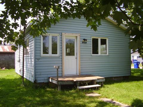 House for sale in Saint-Anicet, Montérégie, 262, Chemin  Trépanier, 14947576 - Centris.ca