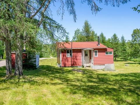 Cottage for sale in Larouche, Saguenay/Lac-Saint-Jean, 731, Chemin du Lac-Déchêne, 10375091 - Centris.ca