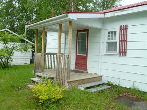 Cottage for sale in Saint-Valérien, Bas-Saint-Laurent, 1917, Route  Centrale, 20033991 - Centris.ca