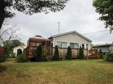 Chalet à vendre à Grenville-sur-la-Rouge, Laurentides, 17, Rue  Beach, 28855257 - Centris.ca