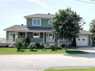 Maison à vendre à Rimouski, Bas-Saint-Laurent, 128, Rue du Fleuve, 14022793 - Centris.ca