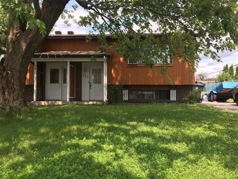 House for sale in Sainte-Anne-des-Plaines, Laurentides, 101, Rue  René, 10501711 - Centris.ca
