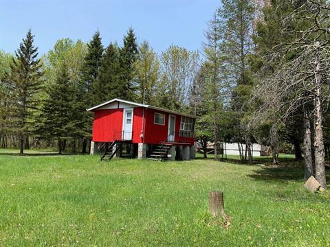 Maison à vendre à Montcalm, Laurentides, 705, Route du Lac-Rond Sud, 21183481 - Centris.ca