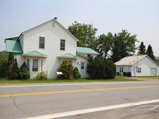 Triplex à vendre à Bolton-Est, Estrie, 833 - 839, Route  Missisquoi, 13439815 - Centris.ca