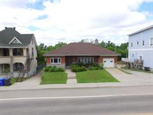 Chalet à vendre à Maniwaki, Outaouais, 330, Rue des Oblats, 27888510 - Centris.ca