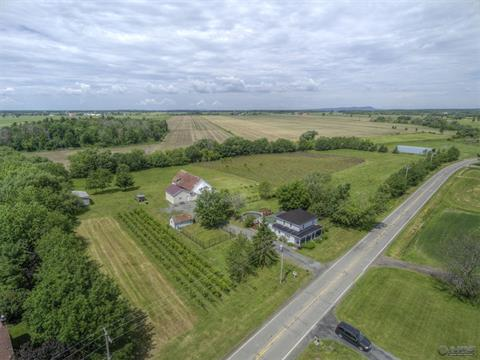 Chalet à vendre à Marieville, Montérégie, 550Z, Chemin de la Branche-du-Rapide, 15299476 - Centris.ca