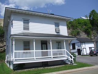 Triplex à vendre à Château-Richer, Capitale-Nationale, 8091 - 8095, Avenue  Royale, 28503493 - Centris.ca