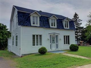 House for sale in New Carlisle, Gaspésie/Îles-de-la-Madeleine, 130, boulevard  Gérard-D.-Levesque, 19554389 - Centris.ca