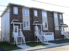 Townhouse for sale in Pont-Viau (Laval), Laval, 555, Rue  Saint-Hubert, 16259506 - Centris.ca