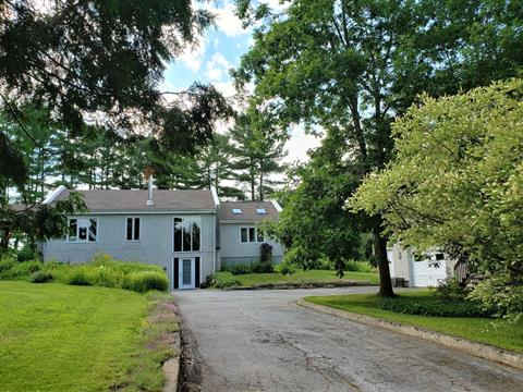 Cottage for sale in Saint-Armand, Montérégie, 2027, Chemin  Saint-Armand, 17016289 - Centris.ca