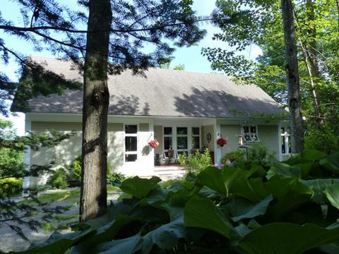Maison à vendre à Saint-Étienne-de-Bolton, Estrie, 451, Rang du Rocher, 22718176 - Centris