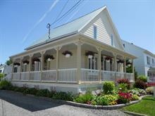 Maison à vendre à Price, Bas-Saint-Laurent, 54, Rue de l'Église, 17433939 - Centris.ca