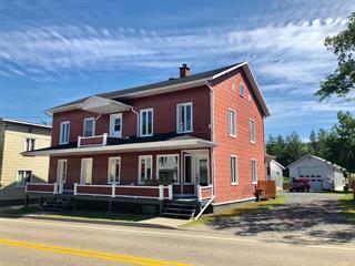 Maison à vendre à Saint-Urbain, Capitale-Nationale, 930 - 932, Rue  Saint-Édouard, 17136863 - Centris.ca