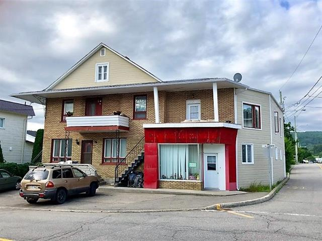Quadruplex for sale in Clermont (Capitale-Nationale), Capitale-Nationale, 68 - 72, Rue  Lapointe, 20891130 - Centris.ca