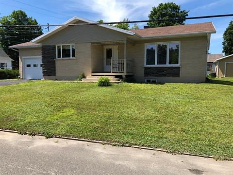 House for sale in Saint-Charles-de-Bellechasse, Chaudière-Appalaches, 1, Avenue  Saint-Georges, 18765041 - Centris.ca