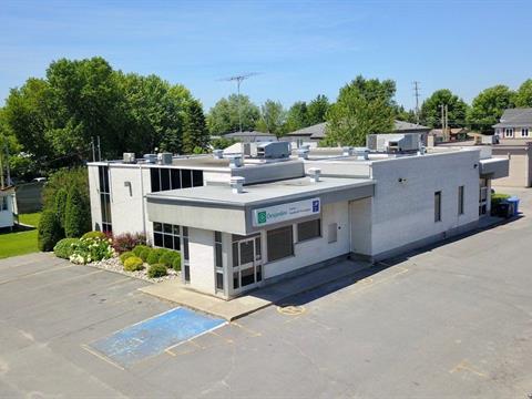 Commercial building for sale in Saint-Polycarpe, Montérégie, 12, Rue  Saint-Jean-Baptiste, 9434096 - Centris
