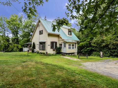 Maison à vendre à Brownsburg-Chatham, Laurentides, 249, Chemin  Sinclair, 22081086 - Centris.ca