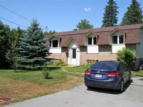 Maison à vendre à Sainte-Sophie, Laurentides, 2124, boulevard  Sainte-Sophie, 24284167 - Centris.ca