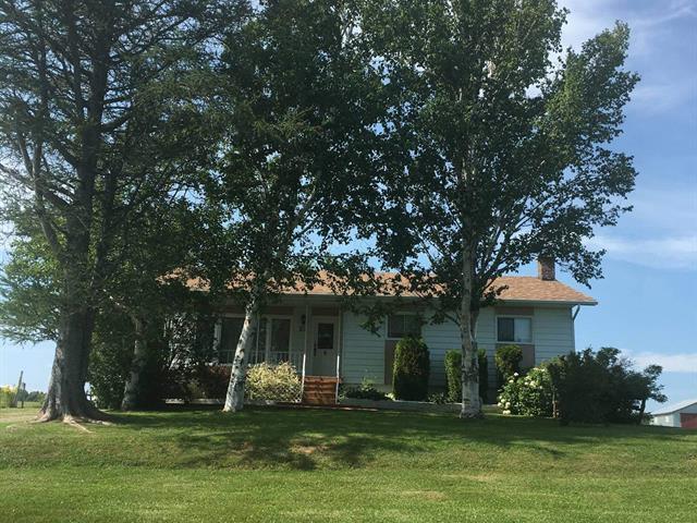 House for sale in Saint-Godefroi, Gaspésie/Îles-de-la-Madeleine, 50, 3e Rang, 20622904 - Centris.ca