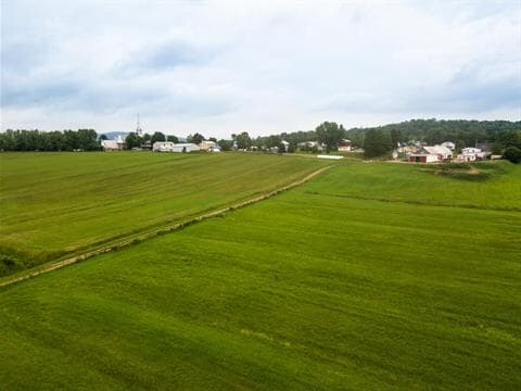 Hobby farm for sale in Saint-Léonard-de-Portneuf, Capitale-Nationale, 449, Rue  Principale, 14628416 - Centris.ca