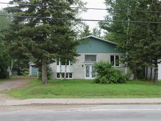 Duplex à vendre à Labrecque, Saguenay/Lac-Saint-Jean, 1330 - 1334, Rue  Principale, 24212037 - Centris.ca
