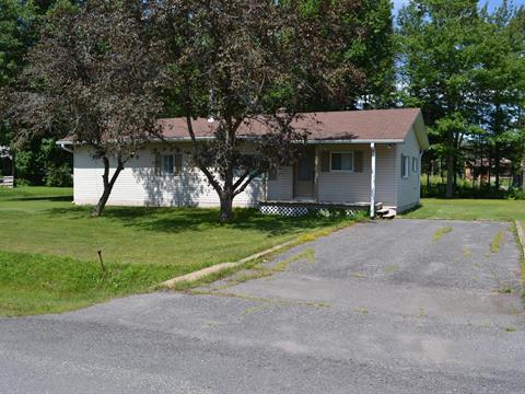 Maison à vendre à Saint-Ambroise-de-Kildare, Lanaudière, 300, 18e Avenue, 11171427 - Centris.ca