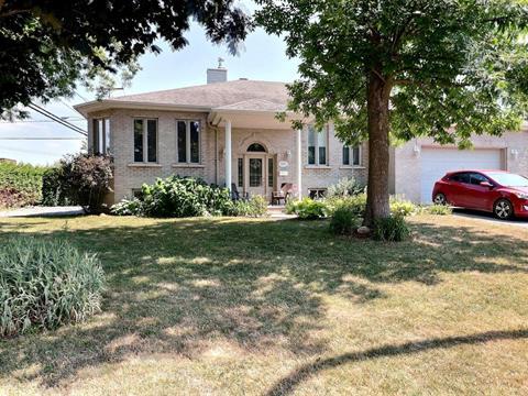 Maison à vendre à Saint-François (Laval), Laval, 4990, Rue  Rondeau, 17158433 - Centris.ca