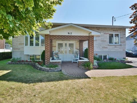 House for sale in Terrebonne (Terrebonne), Lanaudière, 917, Rue  Latour, 24157355 - Centris.ca