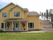 Maison à vendre à Saint-Honoré, Saguenay/Lac-Saint-Jean, 211, Rue  Léon, 17265281 - Centris.ca