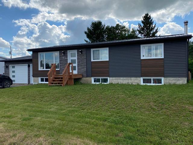 Maison à vendre à Notre-Dame-du-Nord, Abitibi-Témiscamingue, 19, Rue  Dupuis, 25391394 - Centris.ca