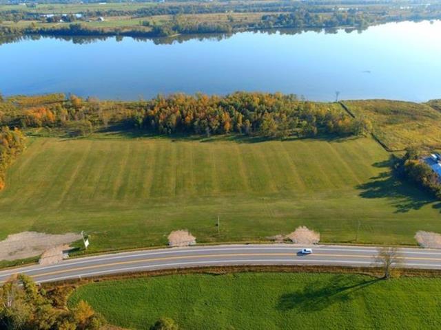 Terrain à vendre à Papineauville, Outaouais, 1, Route  148, 27550586 - Centris.ca