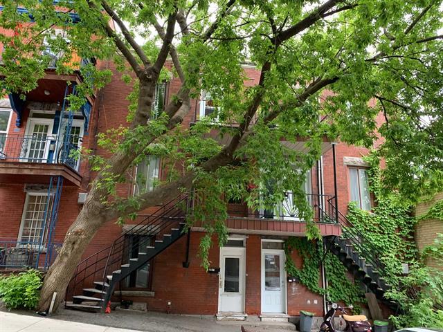 Triplex for sale in Montréal (Ville-Marie), Montréal (Island), 2231 - 2235, Rue  Panet, 15911770 - Centris.ca