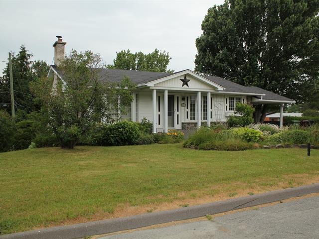 House for sale in Sherbrooke (Les Nations), Estrie, 2971, Rue  Jeanne-d'Arc, 19508295 - Centris.ca